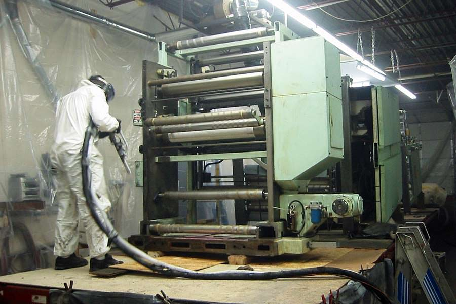 Does Dry Ice Blasting Remove Paint